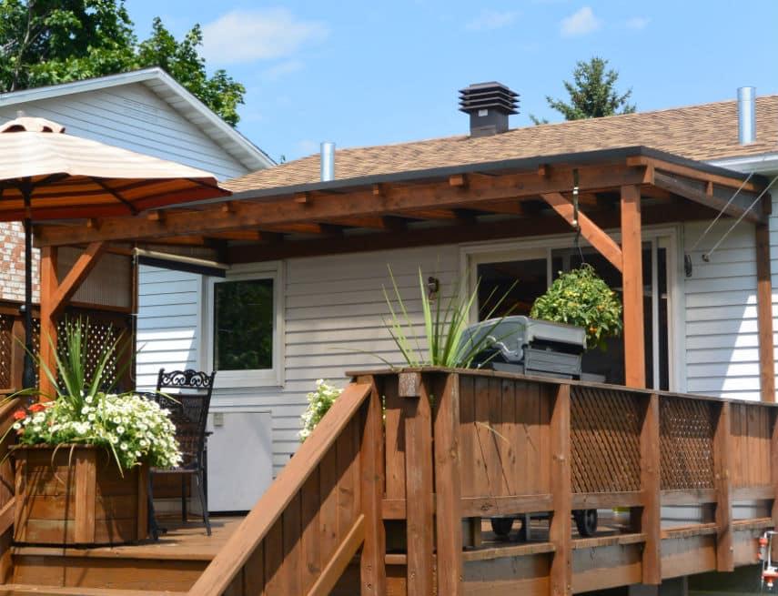 abri de terrasse couvert avec bbq