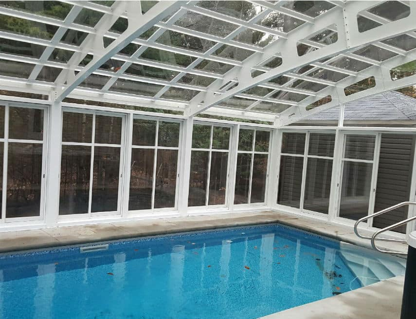 Abri piscine à Saint-Colombant